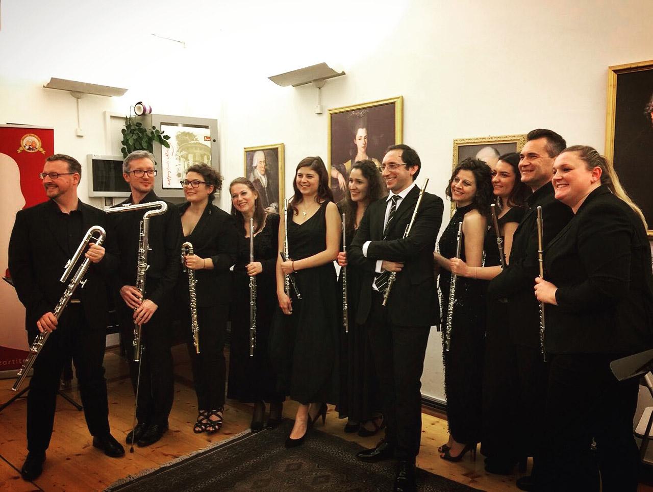 Il gruppo, a Rovereto Casa dei Diamanti, con il Maestro Andrea Manco,  primo flauto della Scala
