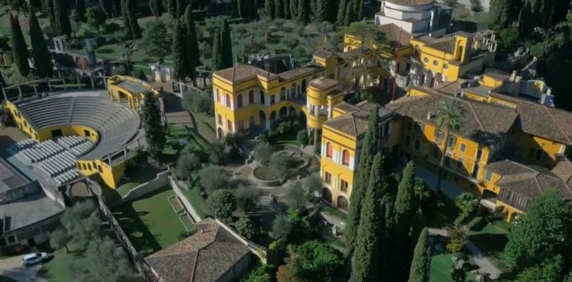 """Visita al """" Vittoriale degli Italiani"""" e al """"Museo del divino infante"""" di Gardone Riviera."""